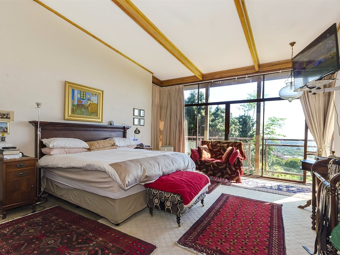 Houghton Estate property for sale. Ref No: 13434554. Picture no 9