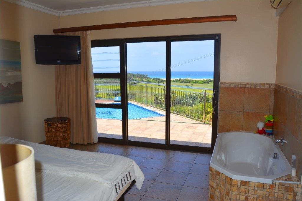 Shelly Beach property for sale. Ref No: 13284586. Picture no 17
