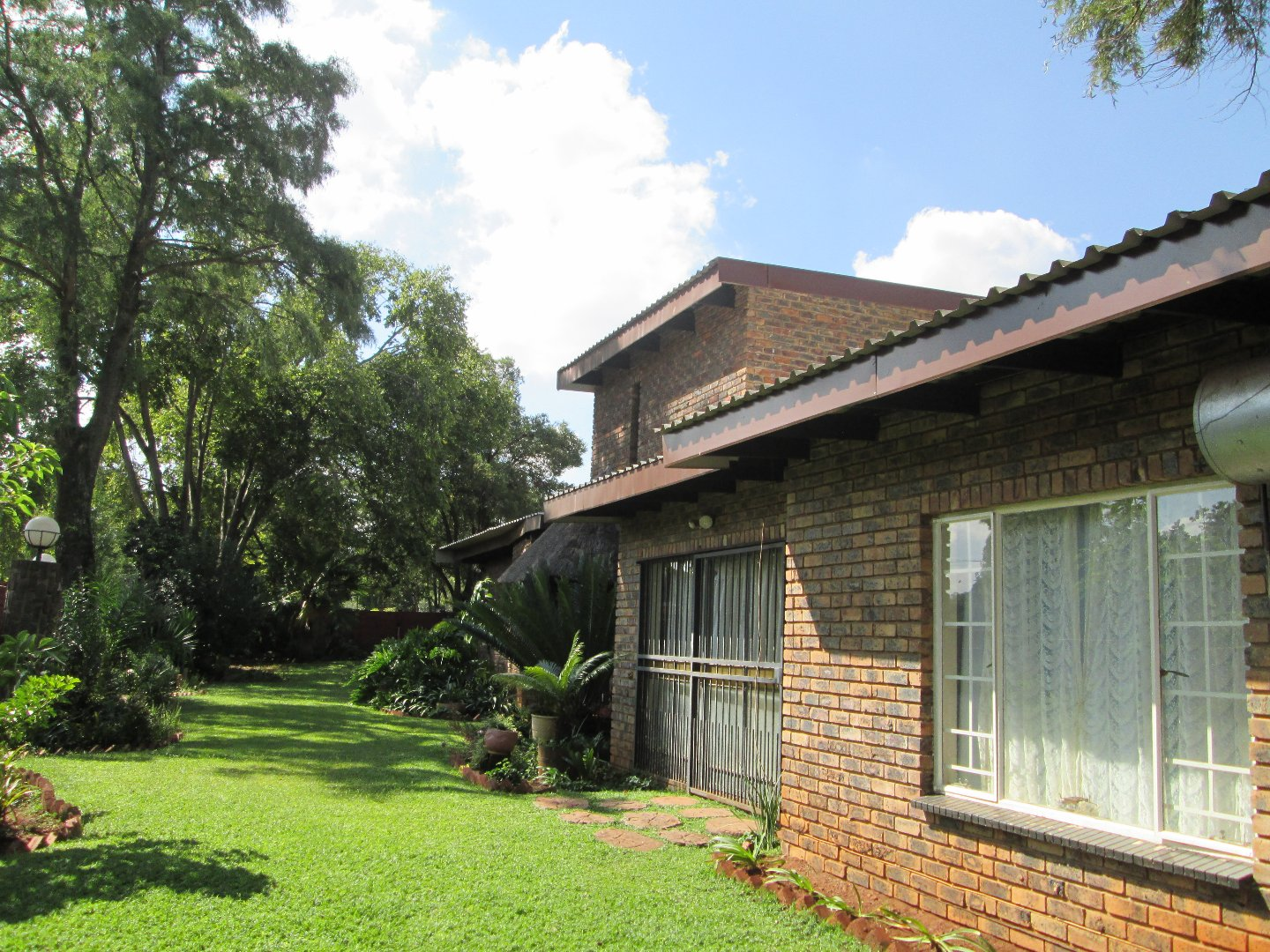 Doringkloof property for sale. Ref No: 13603415. Picture no 6