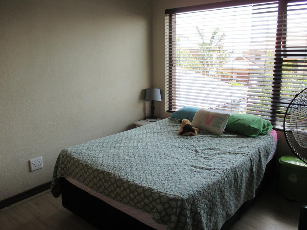 Midfield Estate property for sale. Ref No: 13537815. Picture no 11
