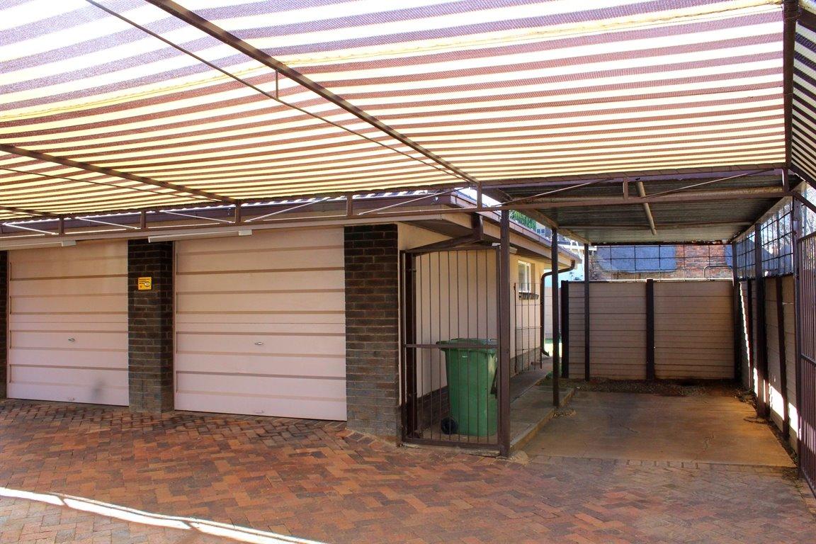Baillie Park property for sale. Ref No: 13394141. Picture no 19