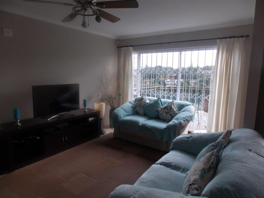 Amanzimtoti property for sale. Ref No: 13372994. Picture no 10
