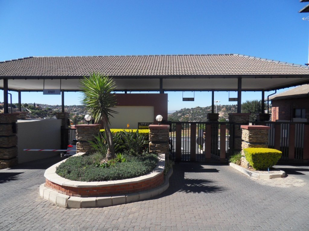 Johannesburg, Oakdene Property  | Houses For Sale Oakdene, Oakdene, Townhouse 3 bedrooms property for sale Price:1,169,000