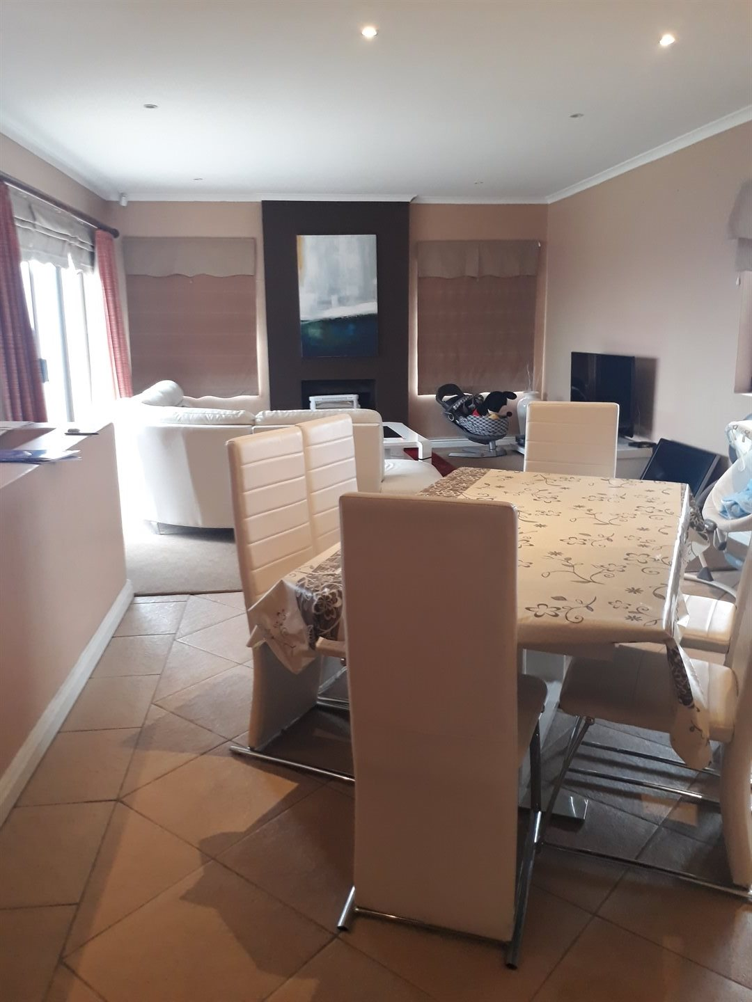 House for sale in lovemore heights estate bedroom