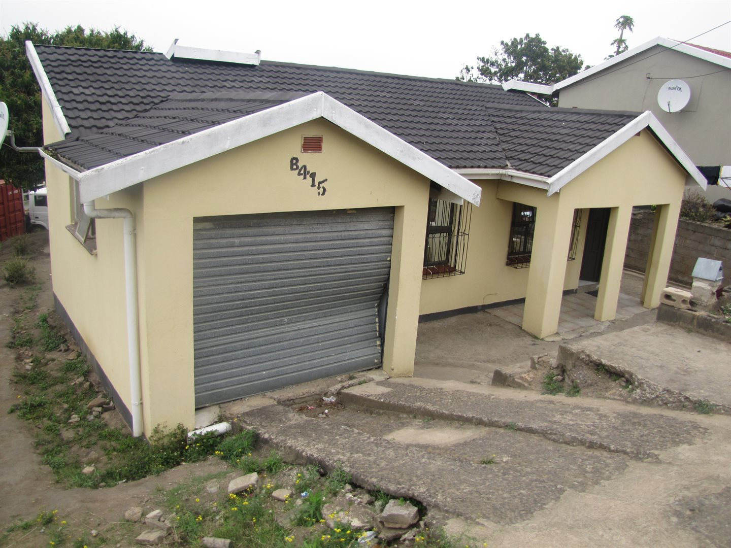 Property and Houses for sale in Lovu, House, 2 Bedrooms - ZAR 570,000