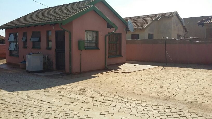 Pretoria, Soshanguve East Property  | Houses For Sale Soshanguve East, Soshanguve East, House 2 bedrooms property for sale Price:390,000