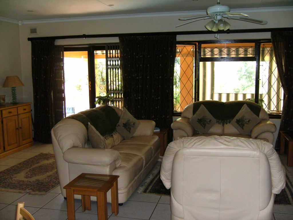 Umtentweni for sale property. Ref No: 12733165. Picture no 9