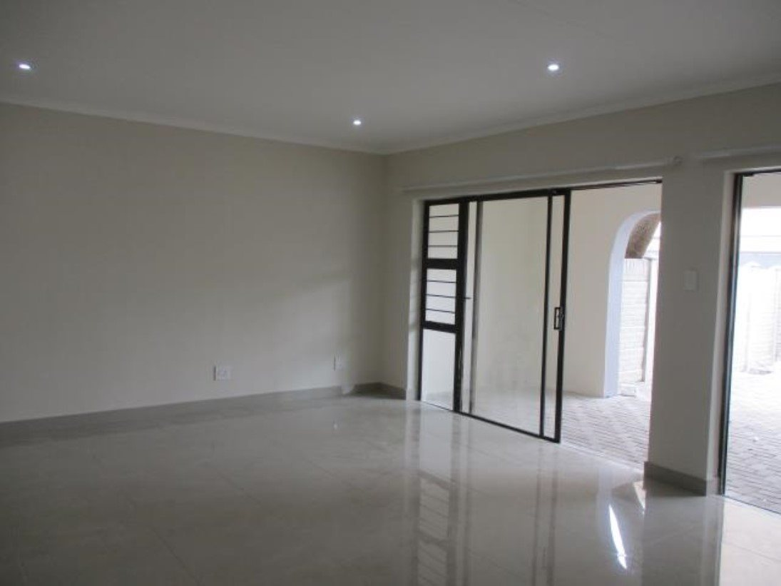Pennington property to rent. Ref No: 13546587. Picture no 3