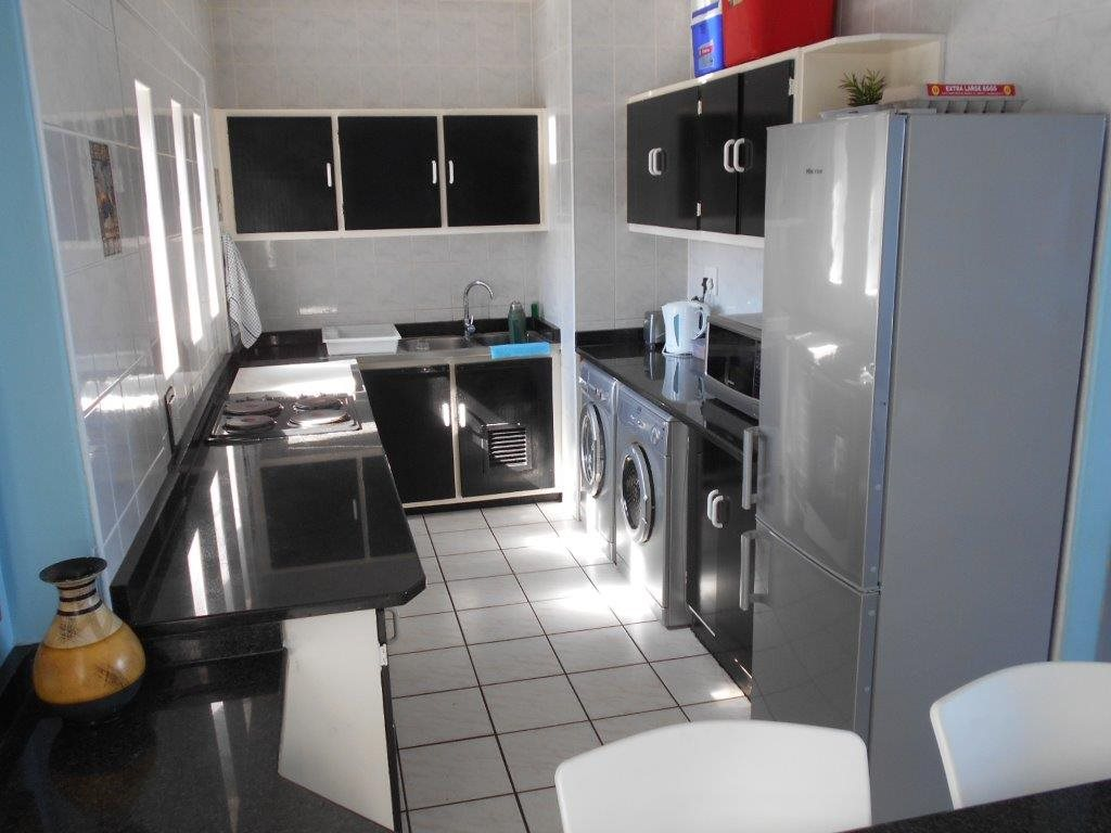 Amanzimtoti property for sale. Ref No: 13396189. Picture no 4