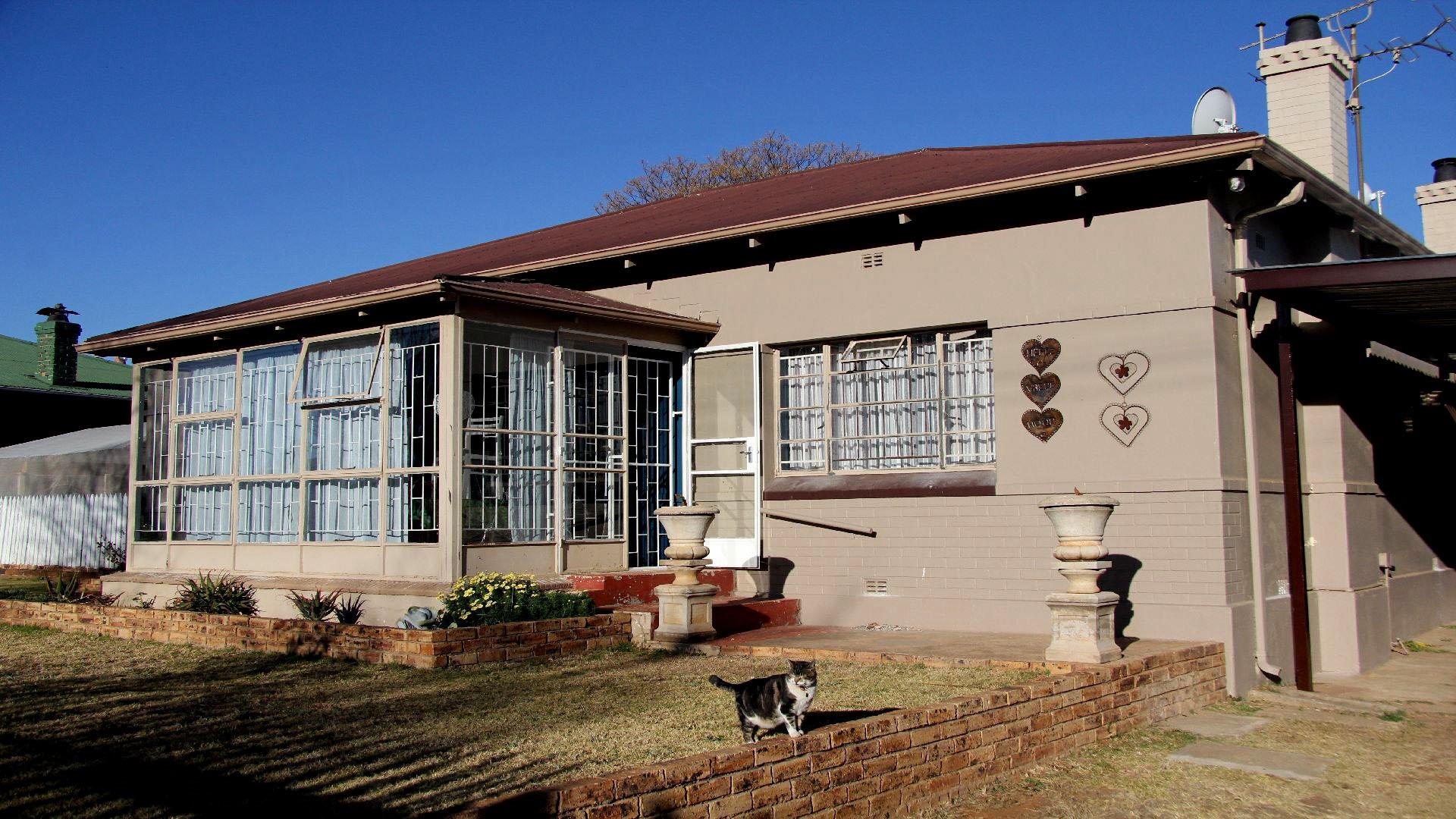 Randfontein, Homelake Property  | Houses For Sale Homelake, Homelake, House 2 bedrooms property for sale Price:799,000