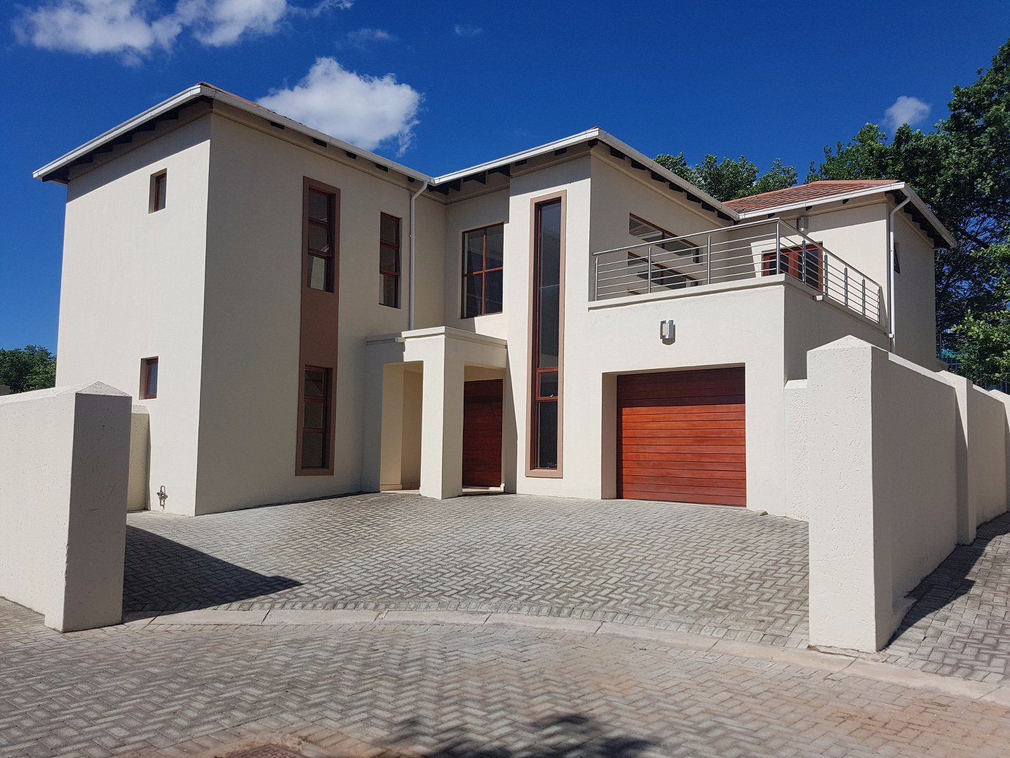 Property for Sale by Anand Poonan, Townhouse, 4 Bedrooms - ZAR 2,999,000