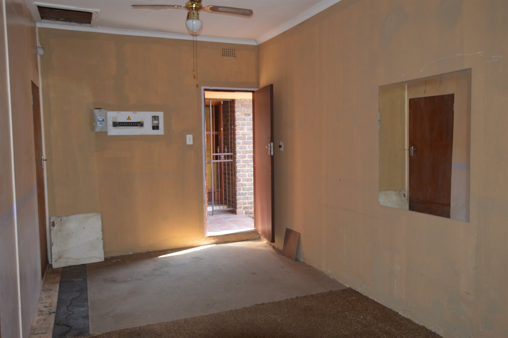 Vanderbijlpark Se 2 property for sale. Ref No: 13623209. Picture no 42