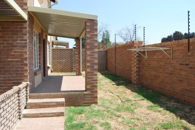 Property and Houses to rent in Gauteng - Page 3, Townhouse, 2 Bedrooms - ZAR ,  6,50*,M