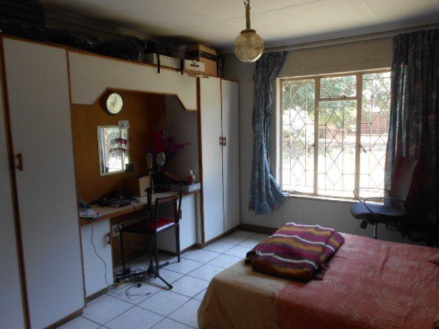 Buyscelia property for sale. Ref No: 13414258. Picture no 12