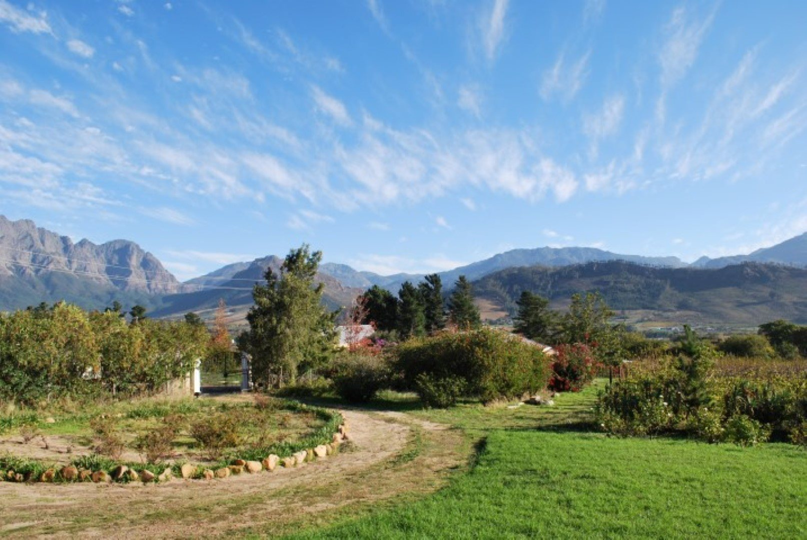 Franschhoek property for sale. Ref No: 13623511. Picture no 2