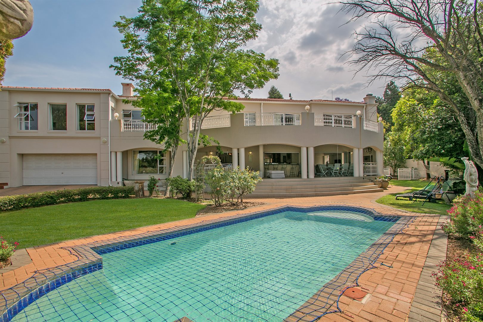 Sandton, Fourways Gardens Property  | Houses For Sale Fourways Gardens, Fourways Gardens, House 5 bedrooms property for sale Price:5,450,000