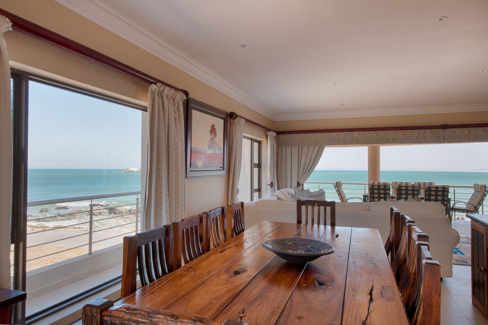 Yzerfontein property for sale. Ref No: 13543047. Picture no 7