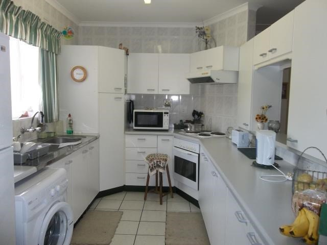 Pennington property to rent. Ref No: 13500690. Picture no 2