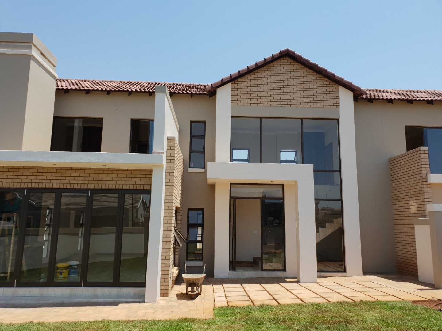 Property and Houses for sale in Midstream Meadows, House, 4 Bedrooms - ZAR 3,750,000