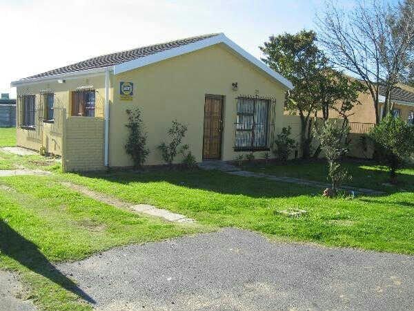 Kraaifontein, Peerless Park West Property  | Houses For Sale Peerless Park West, Peerless Park West, House 2 bedrooms property for sale Price:899,000