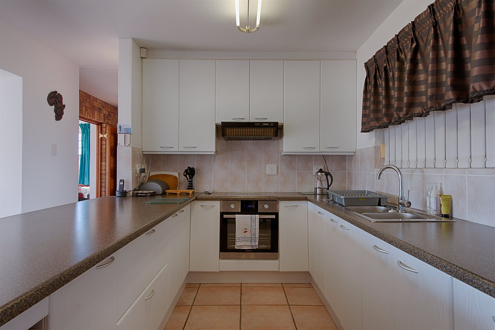 Yzerfontein property for sale. Ref No: 13570979. Picture no 15