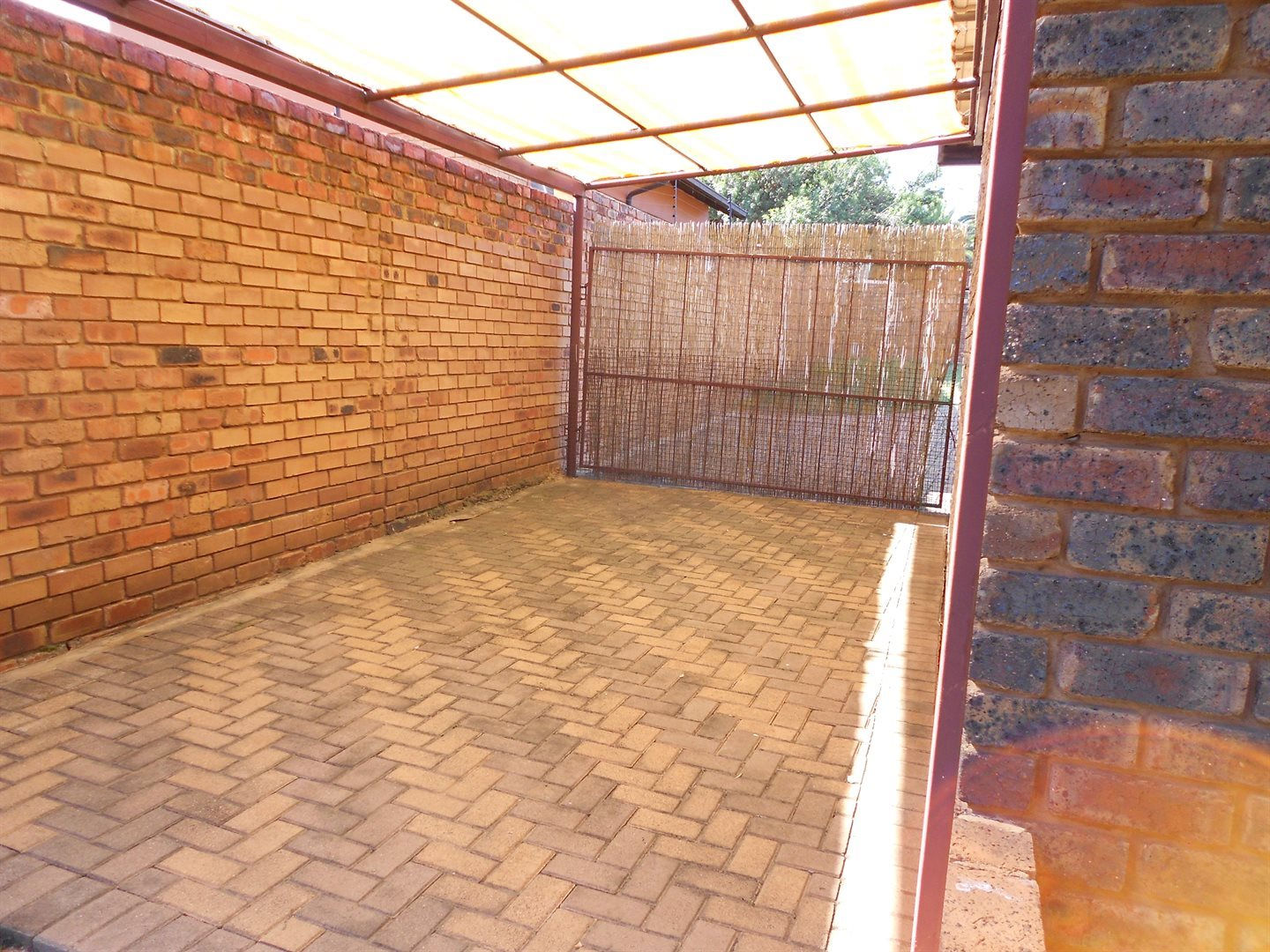 Rooihuiskraal property for sale. Ref No: 13572771. Picture no 14