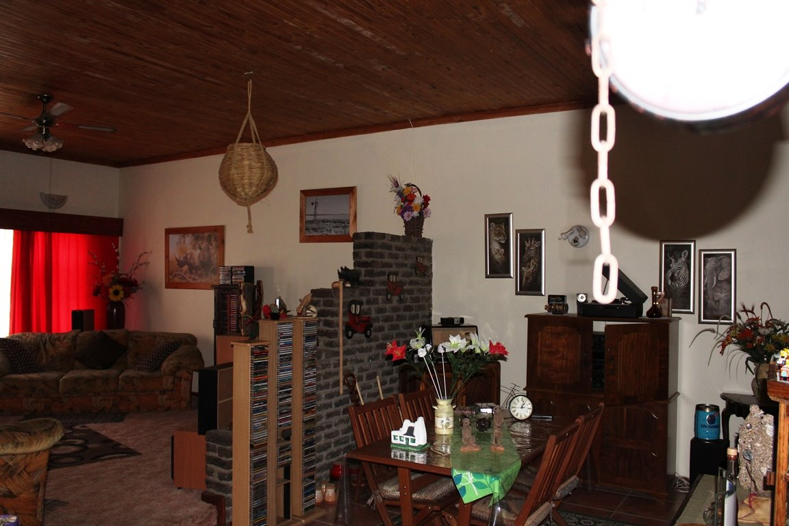 Potchefstroom property for sale. Ref No: 13408763. Picture no 5