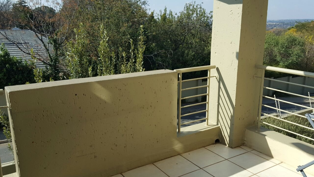 Bryanston property to rent. Ref No: 13498453. Picture no 1
