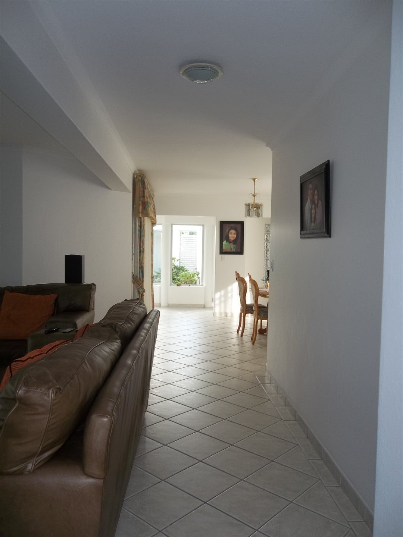 Widenham property for sale. Ref No: 13473788. Picture no 25