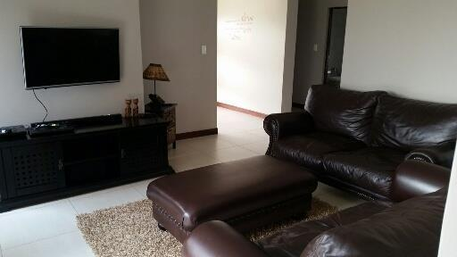 Midstream Ridge Estate property for sale. Ref No: 13462257. Picture no 18