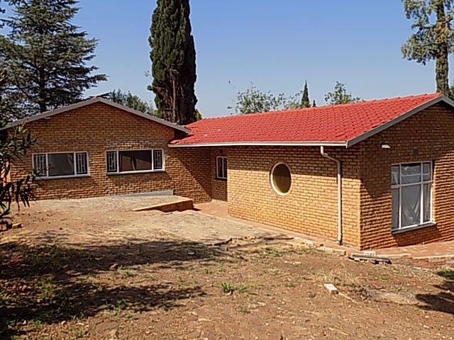 Naturena property for sale. Ref No: 13552045. Picture no 6