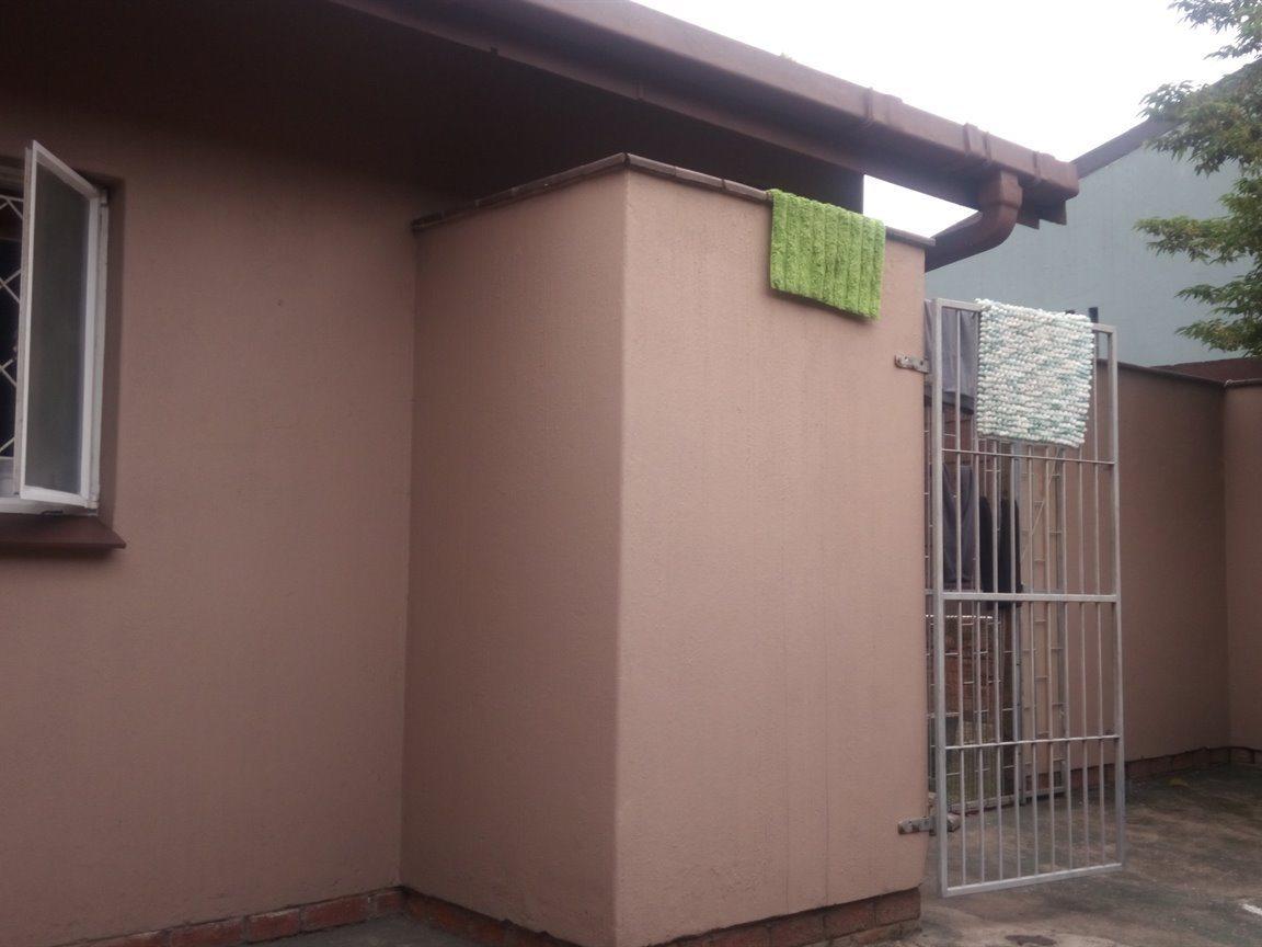 Arboretum property to rent. Ref No: 13552418. Picture no 13