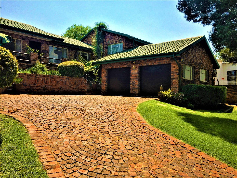 Krugersdorp, Kenmare Property    Houses For Sale Kenmare, Kenmare, House 4 bedrooms property for sale Price:1,678,000