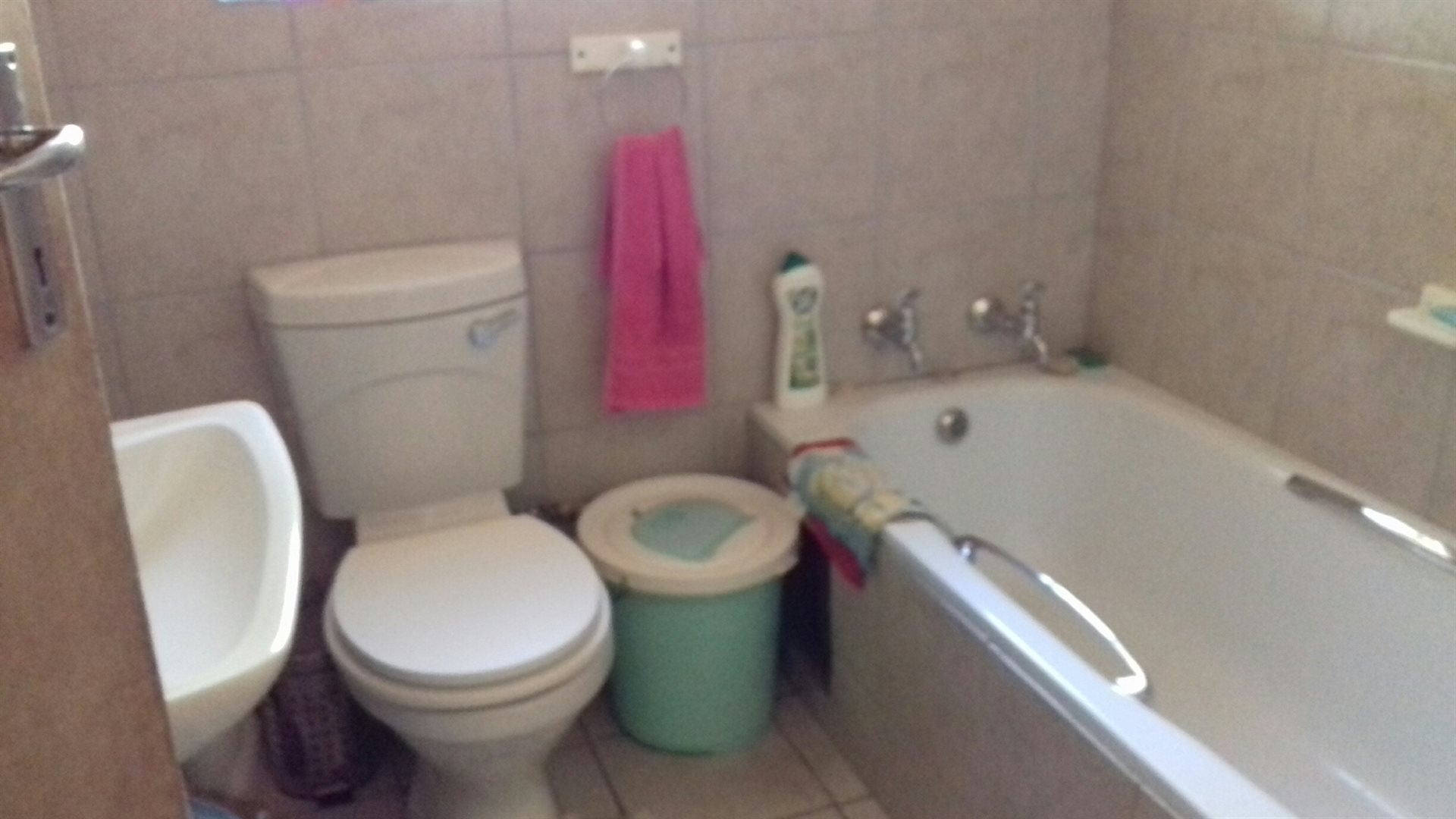 Rooihuiskraal property for sale. Ref No: 13524636. Picture no 15