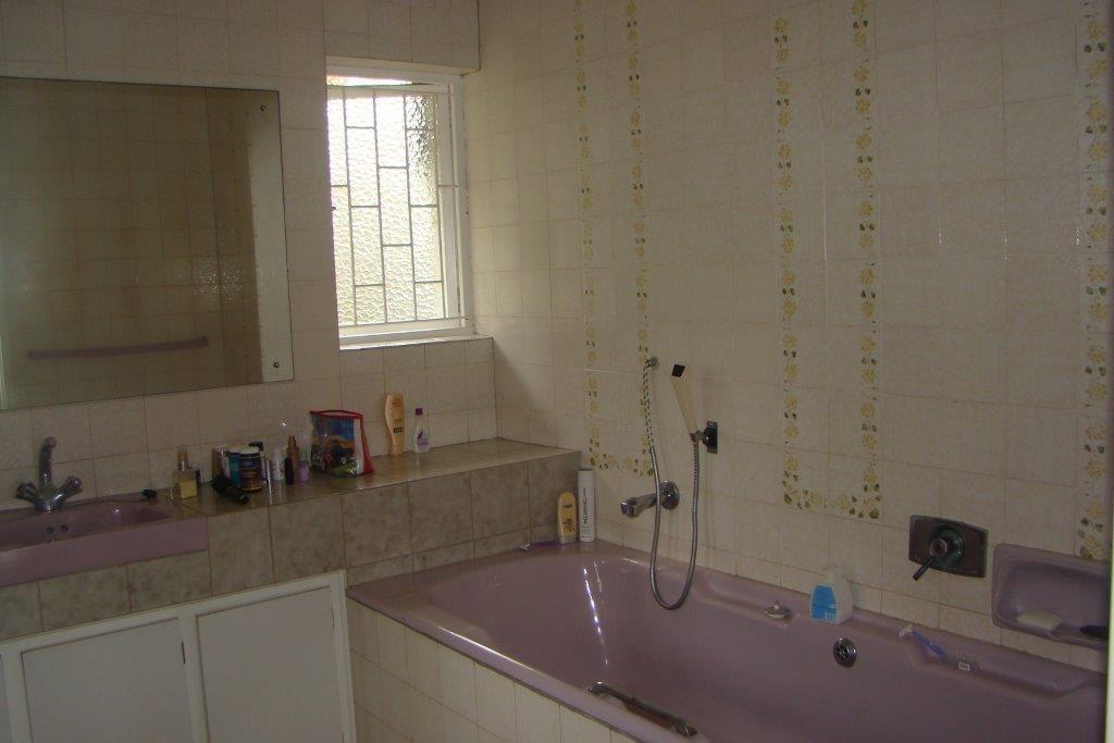 Pennington property for sale. Ref No: 13443271. Picture no 9