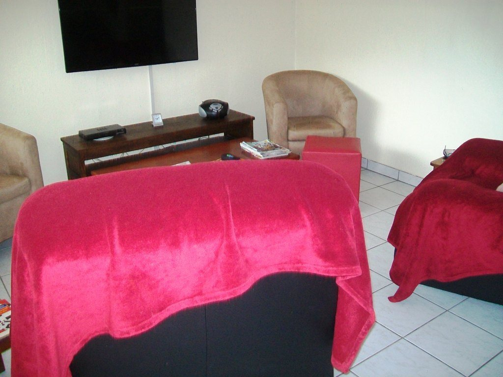Uvongo property for sale. Ref No: 13522894. Picture no 3