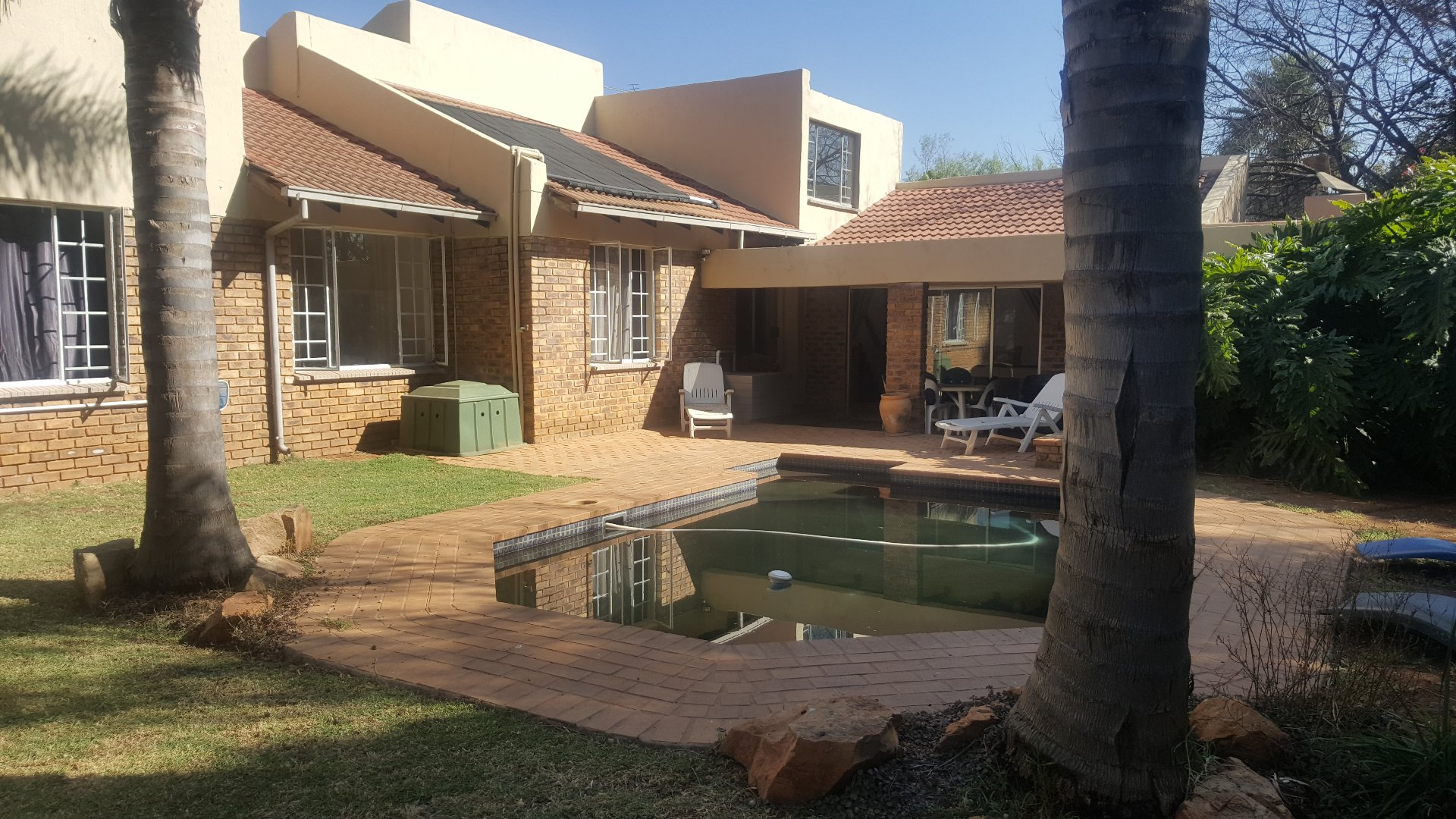 Roodepoort, Strubensvallei Property    Houses For Sale Strubensvallei, Strubensvallei, House 4 bedrooms property for sale Price:1,550,000