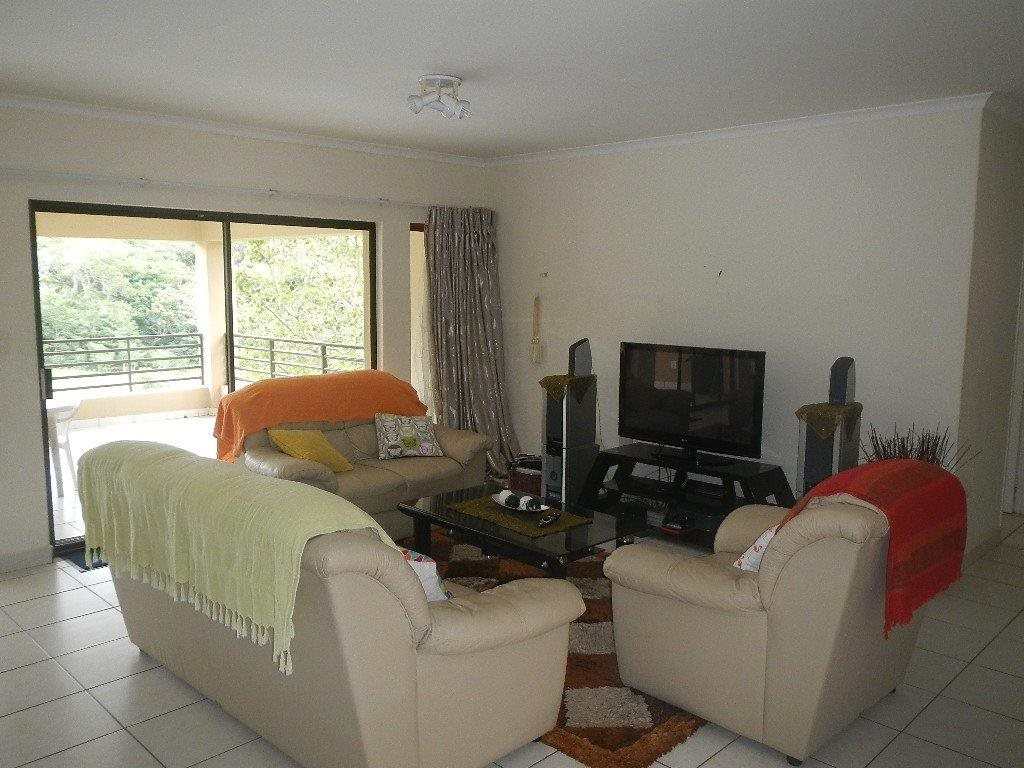 Uvongo property for sale. Ref No: 12790805. Picture no 3