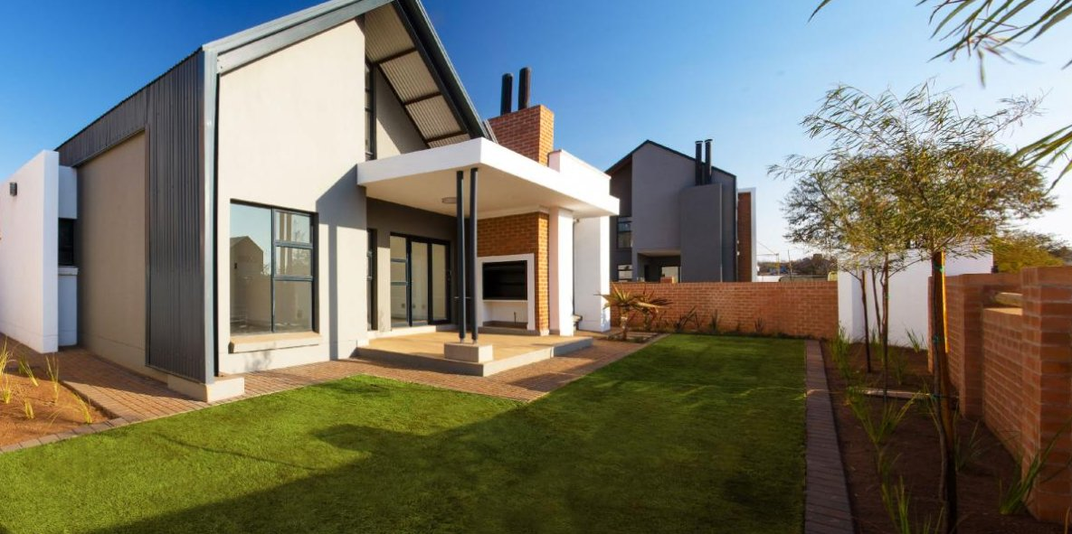 Property and Houses for sale in Southdowns Estate, Townhouse, 3 Bedrooms - ZAR 4,299,000