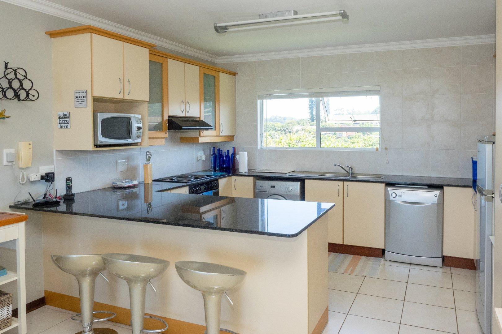 Sea Park property for sale. Ref No: 13535425. Picture no 7