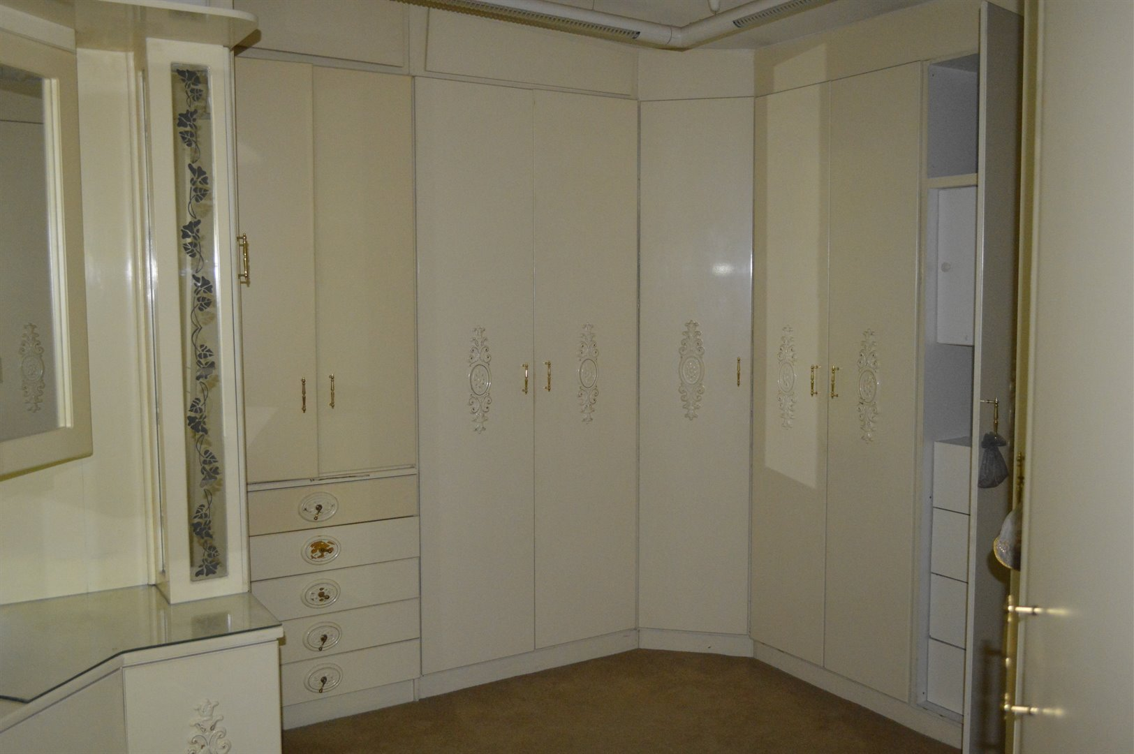 Laudium property for sale. Ref No: 13469790. Picture no 9