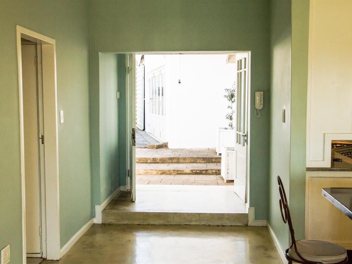 Widenham property for sale. Ref No: 13493005. Picture no 5