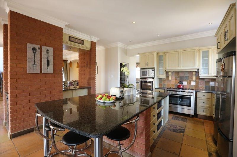 Midstream Estate property for sale. Ref No: 13254174. Picture no 6