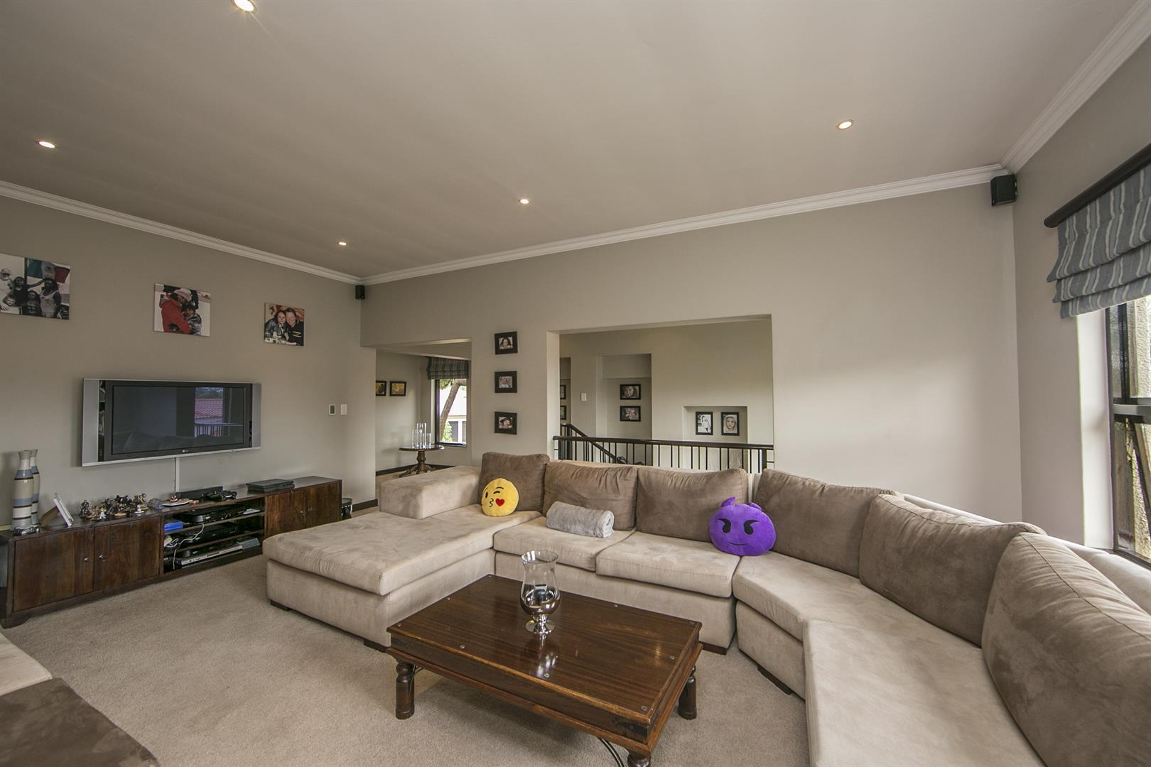 Fernbrook Estate property for sale. Ref No: 13439619. Picture no 10