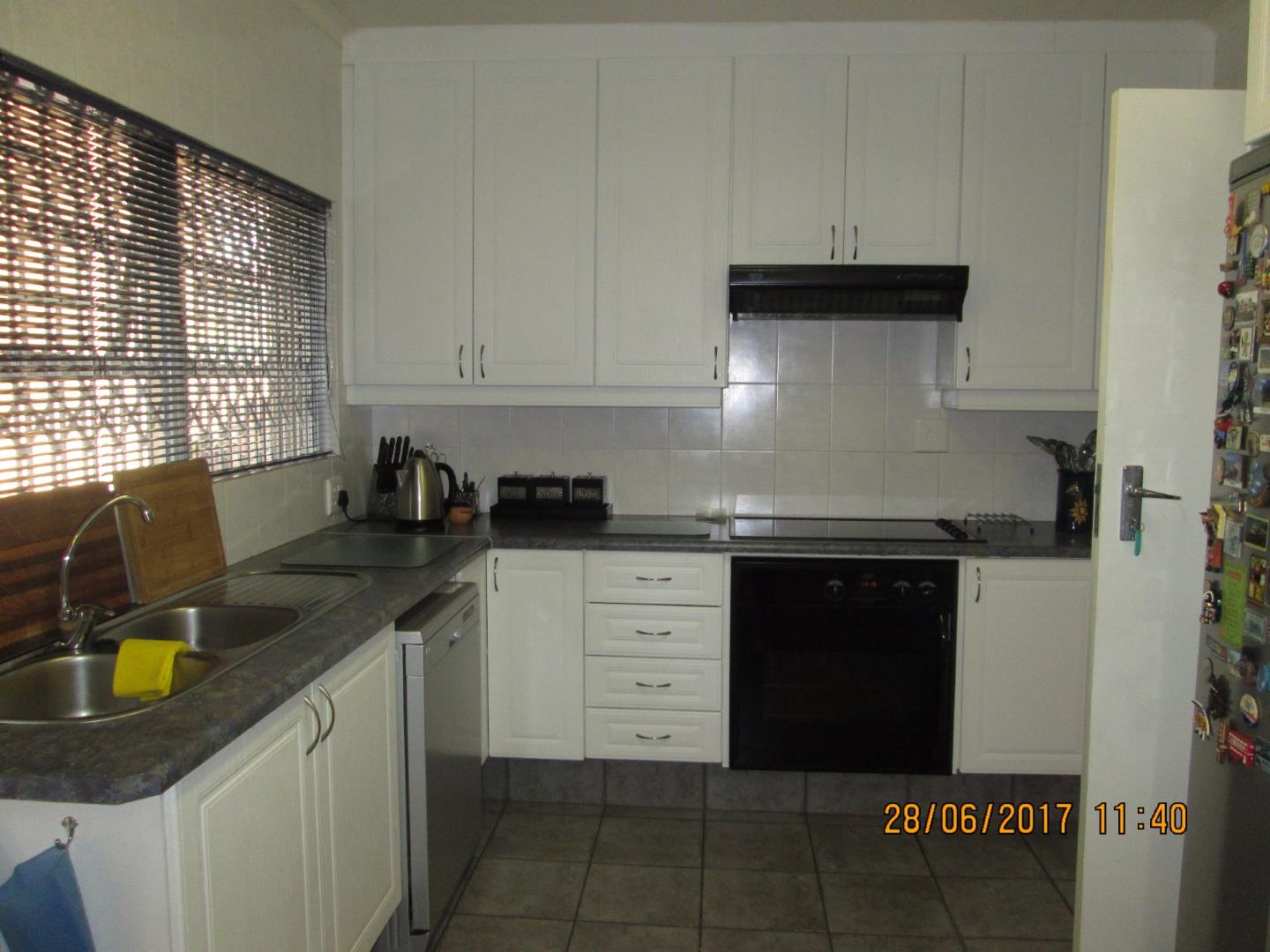 Mondeor property for sale. Ref No: 13526251. Picture no 17