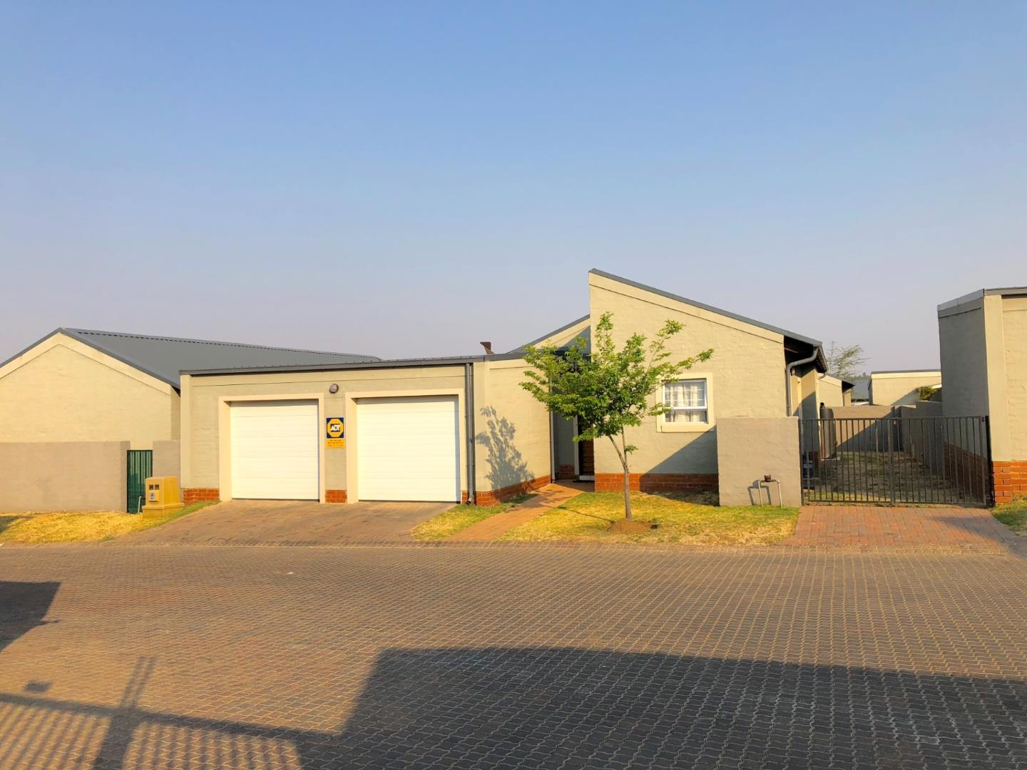 Midrand, Noordwyk Property  | Houses For Sale Noordwyk, Noordwyk, House 3 bedrooms property for sale Price:1,349,000