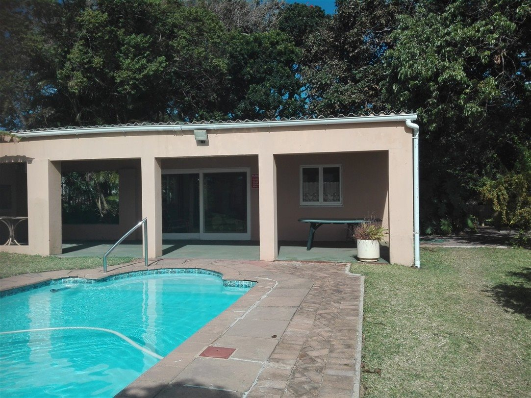 Uvongo property for sale. Ref No: 13369451. Picture no 21