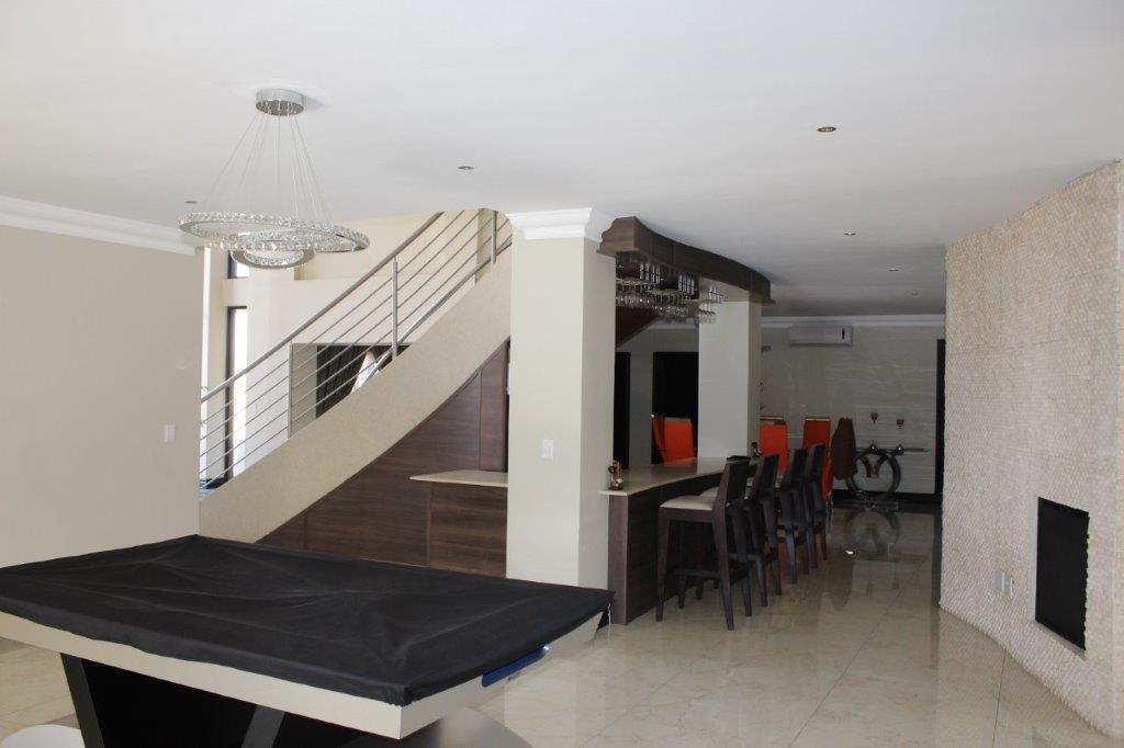 Blue Valley Golf Estate property for sale. Ref No: 13371077. Picture no 21