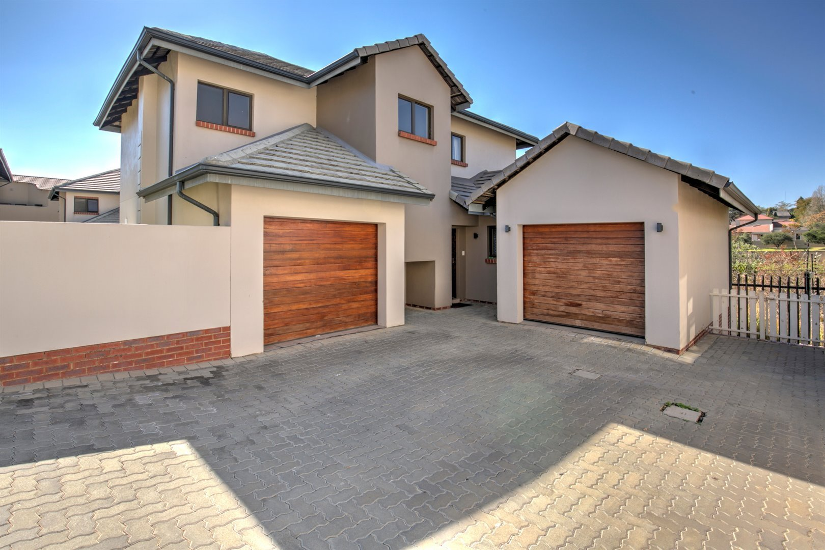 Fourways property for sale. Ref No: 13511211. Picture no 2