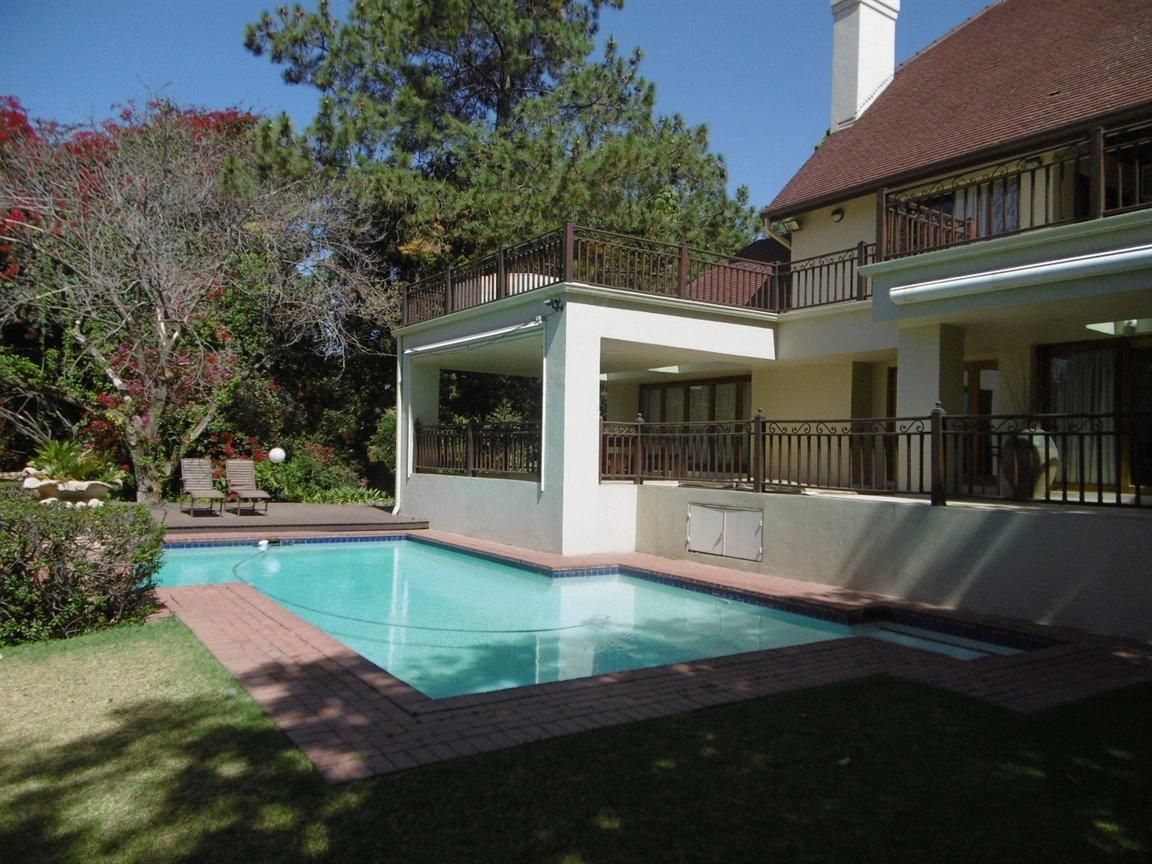 Bryanston property for sale. Ref No: 13389969. Picture no 6